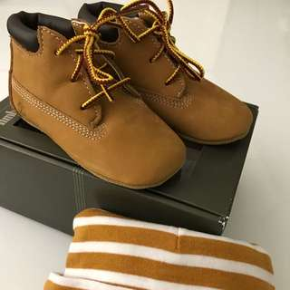 Timberland小童鞋子+帽子