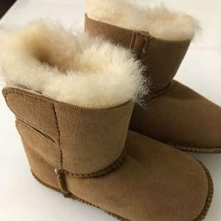澳洲UGG小童羊毛靴