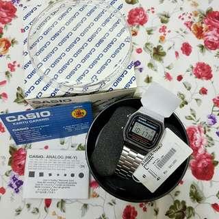 Casio Jam Tangan A168WA - 1UWD