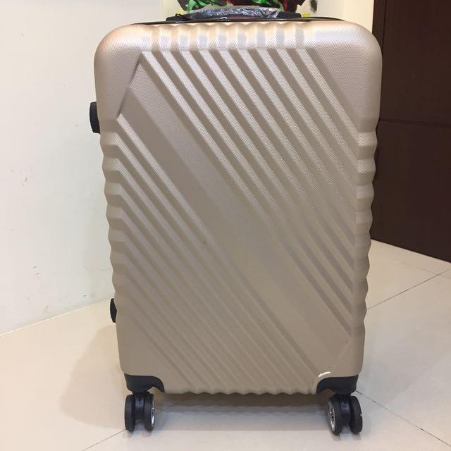 全新24吋時尚低調行李箱