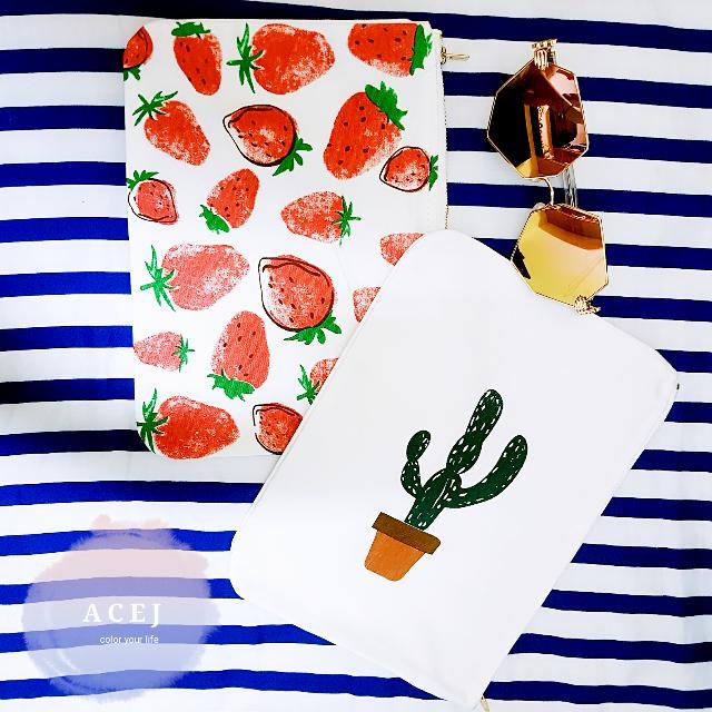 ACEJ日韓帆布文藝插畫印花手拿包 化妝包 零錢包(仙人掌/草莓)-現貨