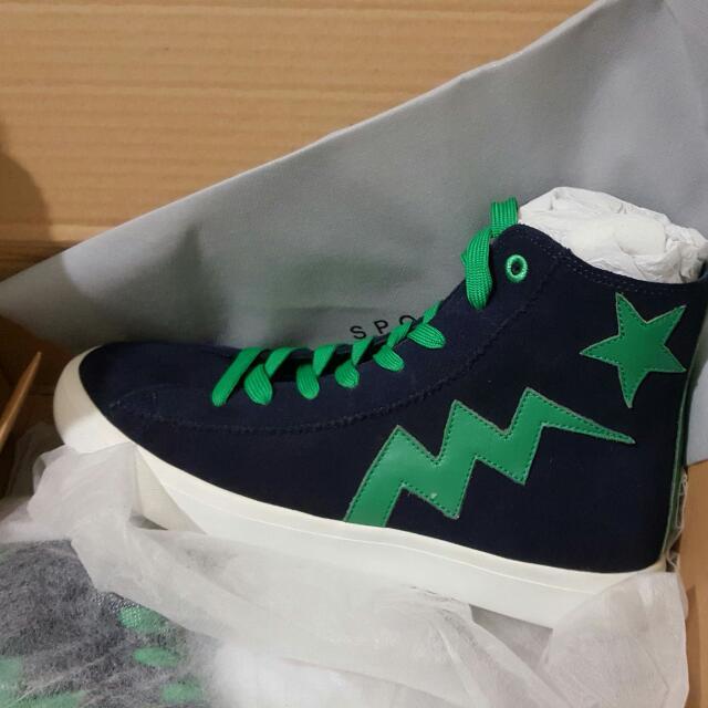 agnea b /sport b 高筒帆布鞋