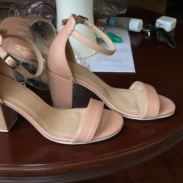 Ankl Strap Heels