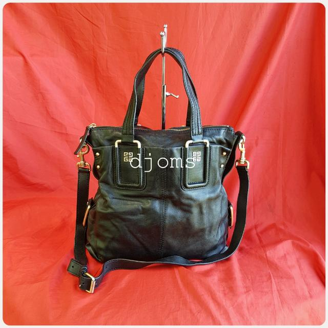 AUTHENTIC GIVENCHY BLACK SOFT LEATHER 2WAY TOTE SLING SHOULDER BAG ... d27fb1cee12f4