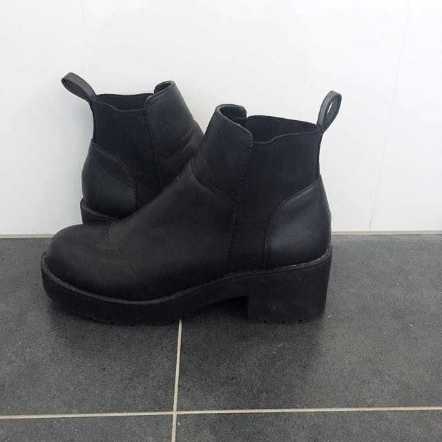 Black Boots From Dotti Women's Size 8 (39)