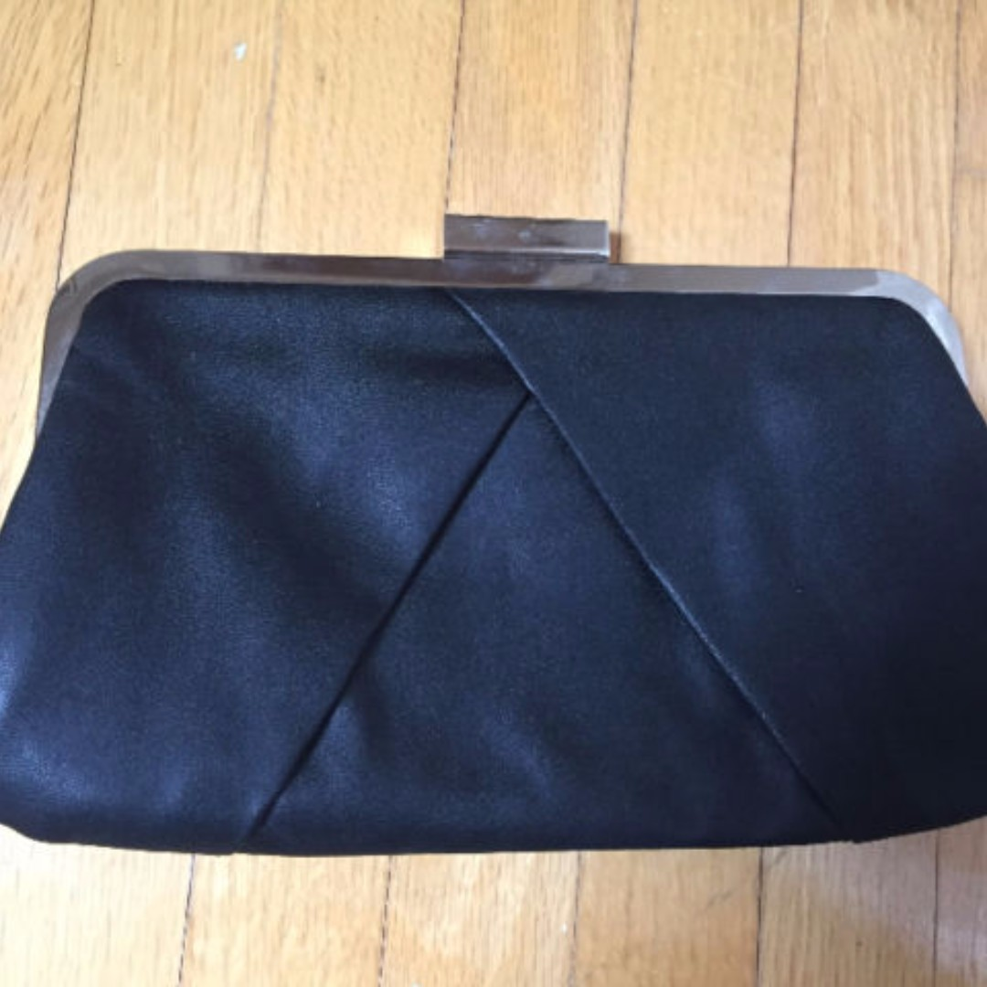 Black clutch ONLY USED ONCE
