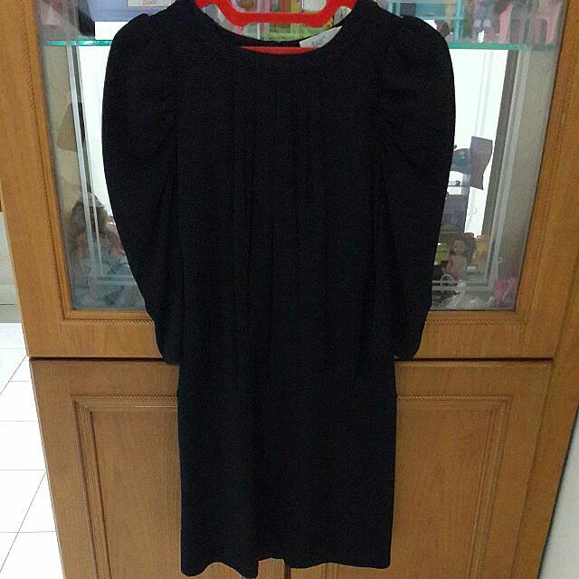 Black Sleeved Dress