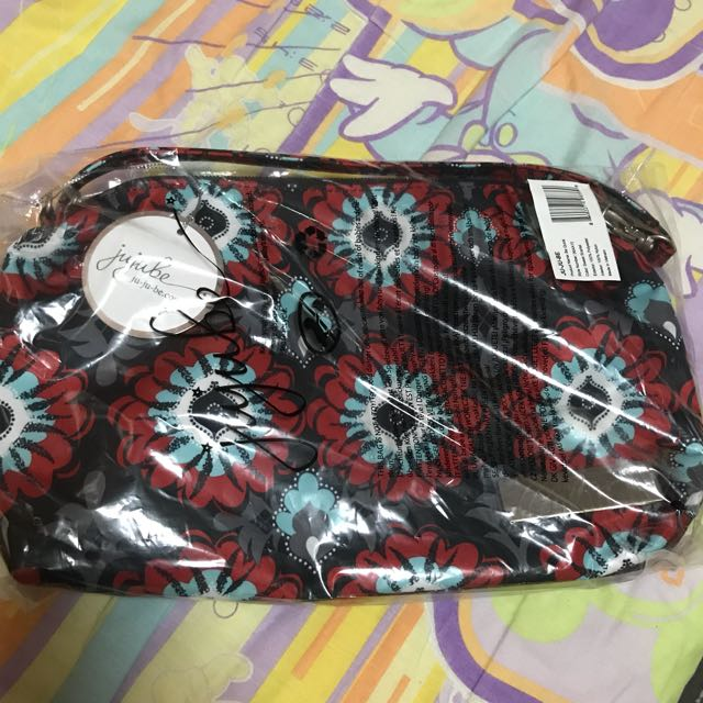 BN Ju-Ju-Be Classic Collection Be Quick Wristlet, Sweet Scarlet