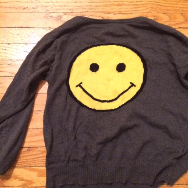 Brandy Melville Smiley Face Sweater
