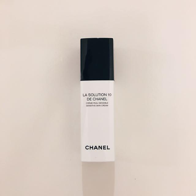 CHANEL10效活力防護乳液