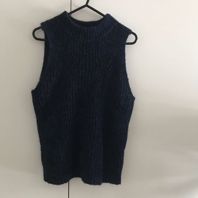 CUE Dark blue Knit Top