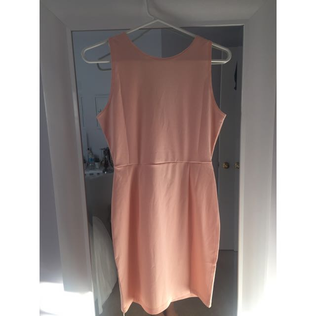 Dress With Back Cut-Out