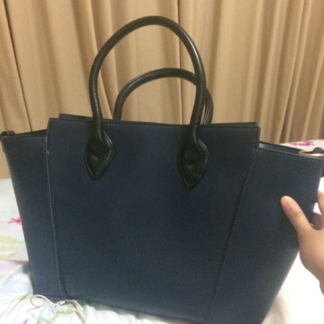Elizabeth navy bag