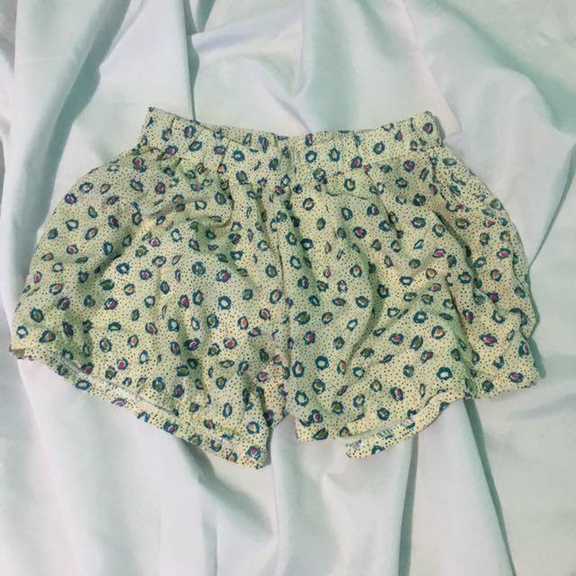 Flowy/loose Shorts