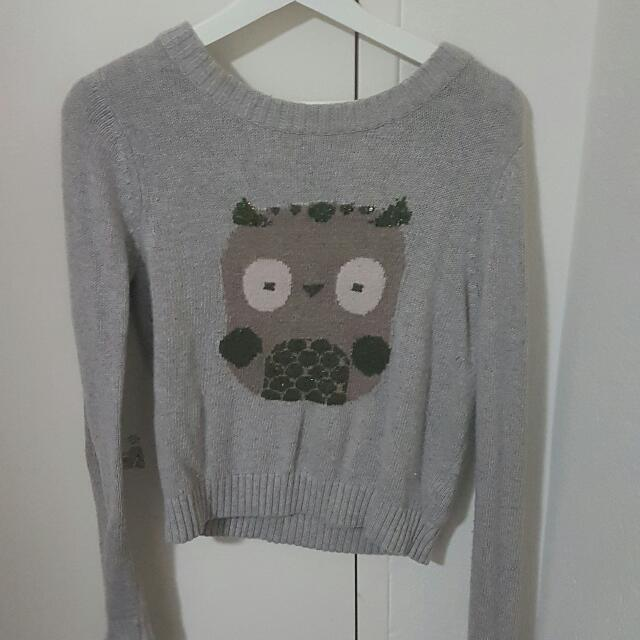 Grey jumper by Henry and Holland