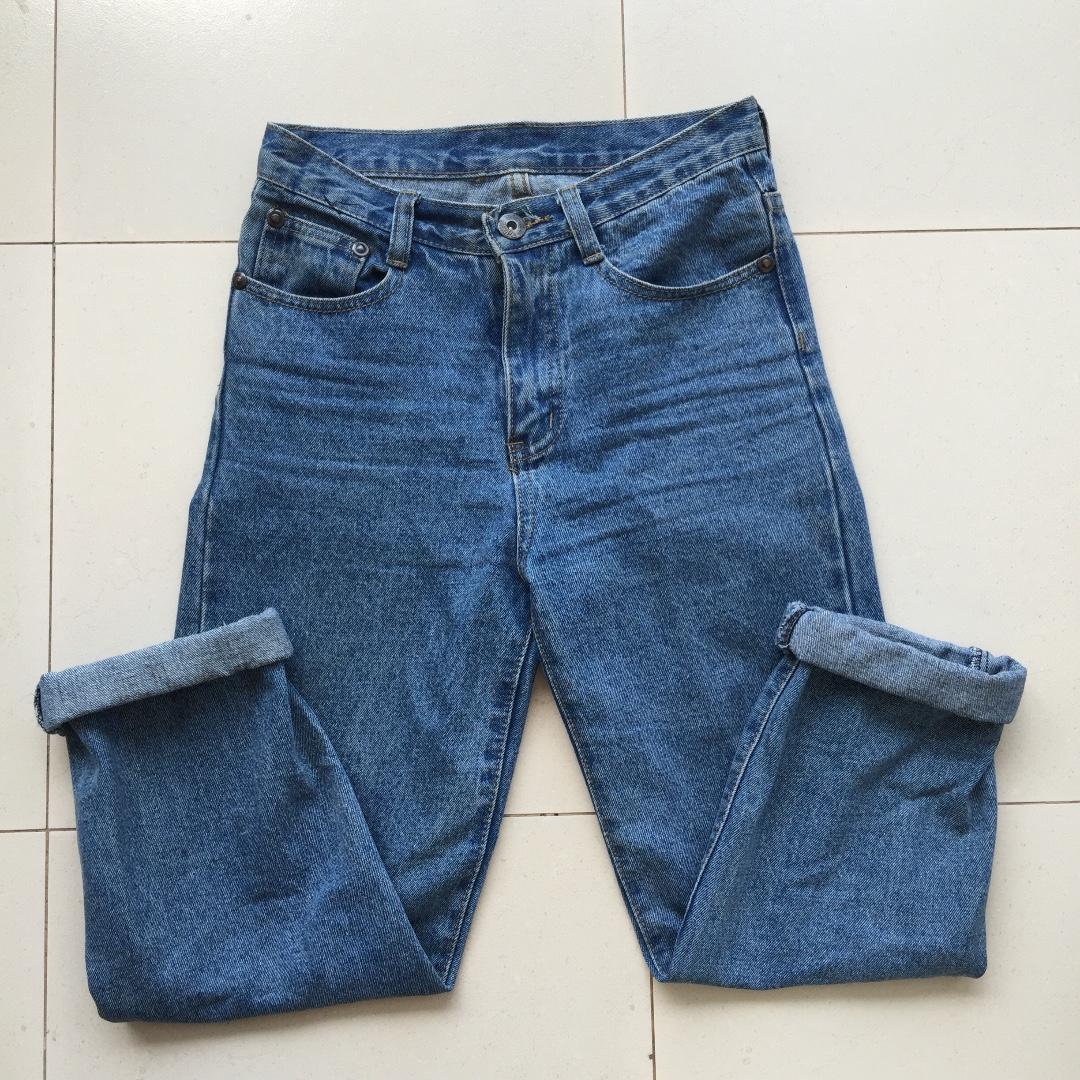 HW Mom Jeans
