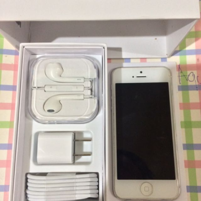 Iphone 5 16GB(Factory Unlock)