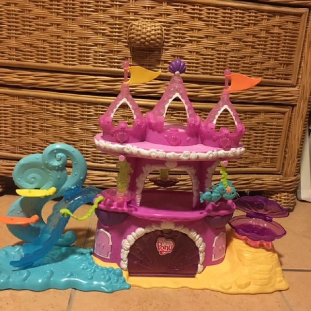 My Little Pony Mermaid Castle