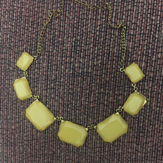 Neclace Gold/Yellow