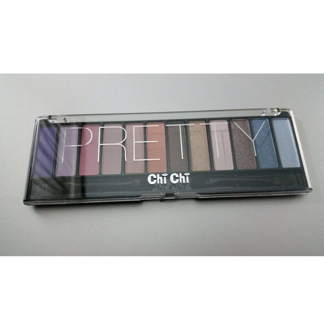 NEW Chichi Pretty Eyeshadow Palette