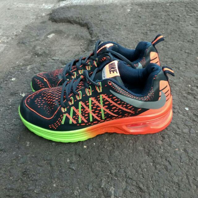 Nike Airmax Made In Vietnam