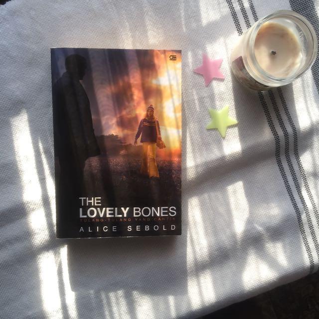 Novel The Lovely Bones By Alice Sebold