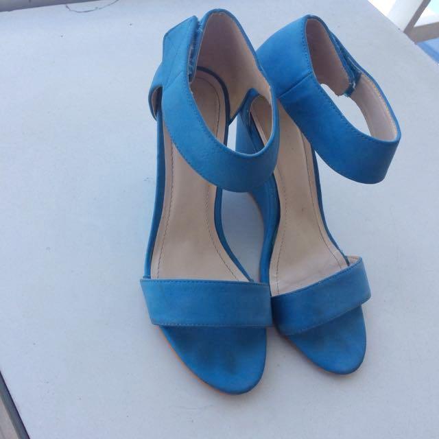Parisian Baby Blue Heels