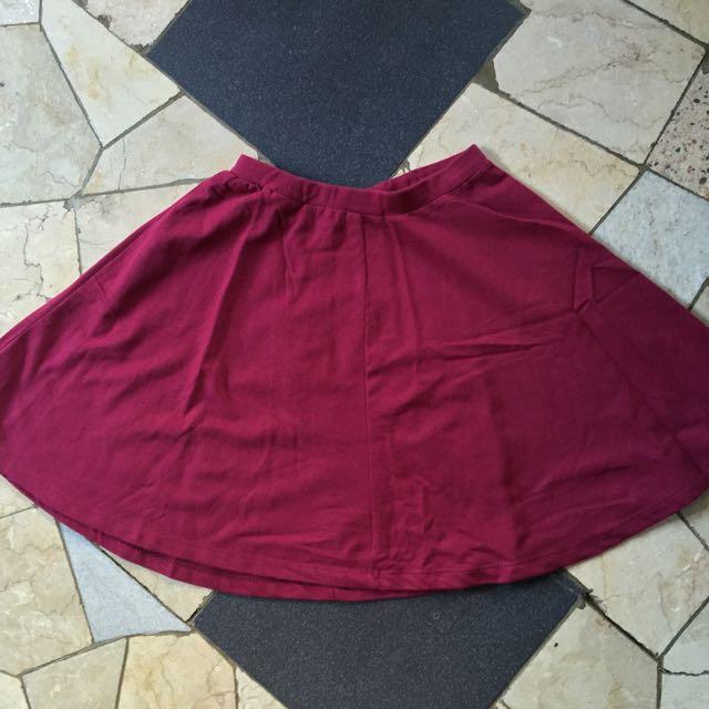 Penshopee Burgundy Flare Skirt