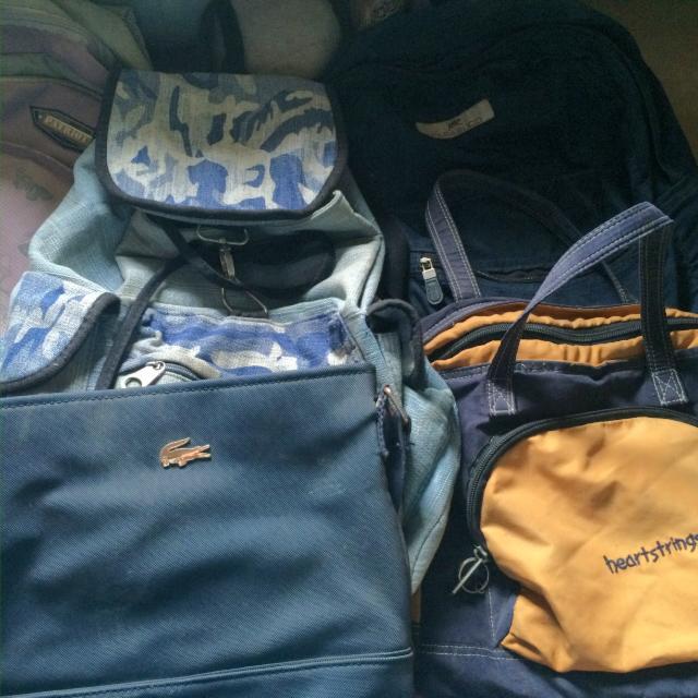 Preloved Bagpacks and sling bags bundles of 5
