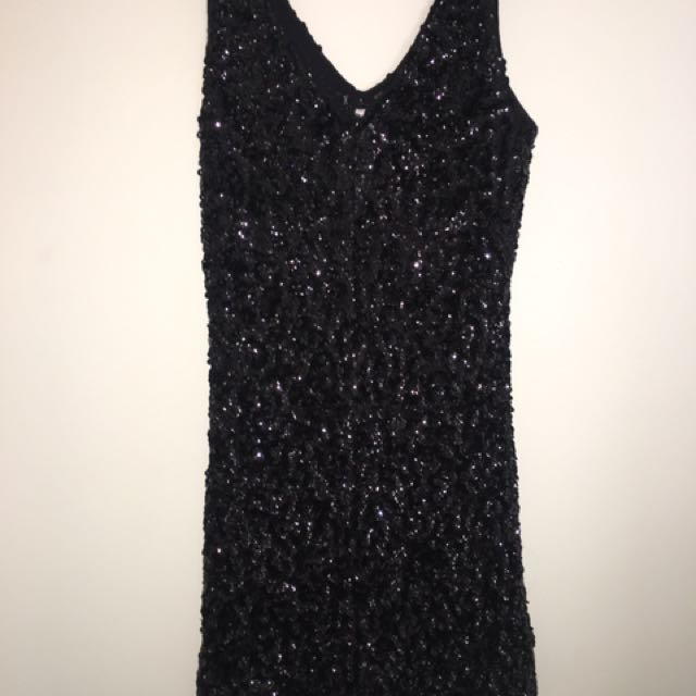RENTING! Sequin Dress Size Small