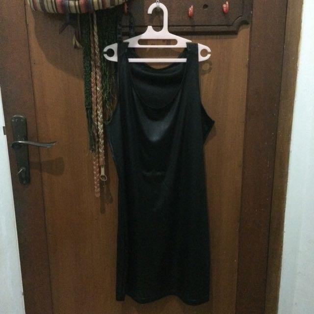 SIMPLE BLACK DRESS/TANKTOP
