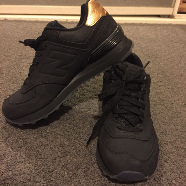 (W6) New Balance 574 In Black