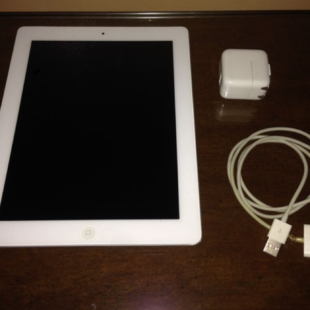 White iPad 2, 16GB