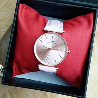 jam tangan DW nude pink
