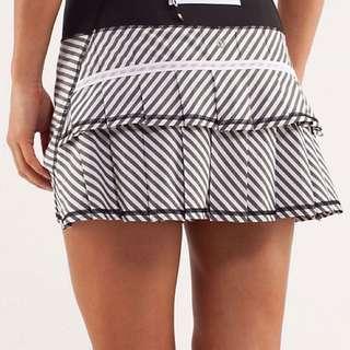 Lululemon Pace Setter Skirt *Reg Length In Black And White Stripe (SIZE 4)