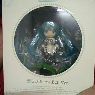 Nendoroid No. 493 Snow miku: Snow Bell Ver.