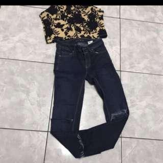 Pull N Bear Jeans Free Crop Top