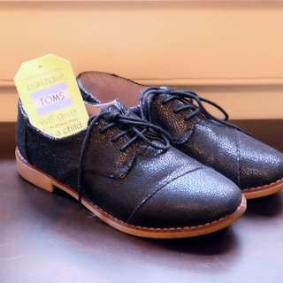 TOMS Black Leather Brogues