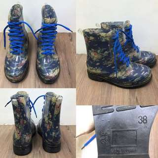 Rainy Boots With Flower Design