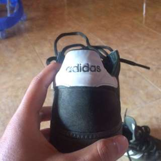 Sepatu Adidas Spzl