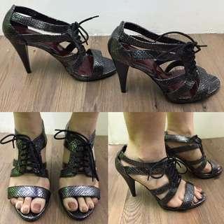 High Heels w/ Shoe Laces