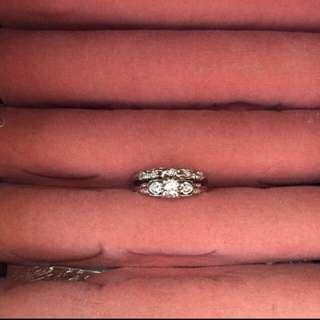 18 Karat White Gold Vintage Canadian Made Diamond Engagement/Wedding Ring Set.