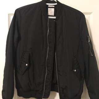 Zara Women's Black Bomber Jacket (XS)