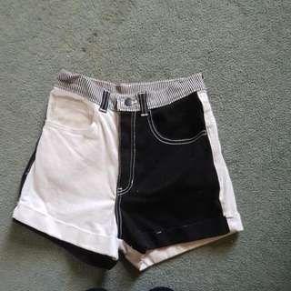 American Apparel Xs Black And White Shorts