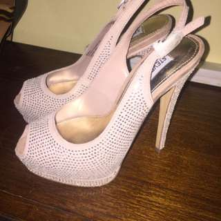 Size 9 Glamour Shoes