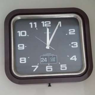 Vintage Transistorized Wall Clock - Rare now