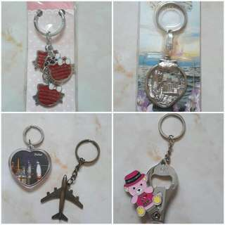 5 Key Chains Of 5 Different Countries