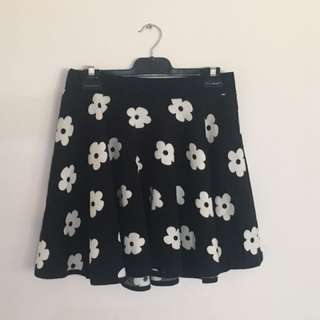 Chicabooti Skirt