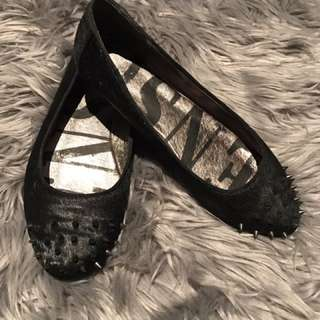 Authentic SENSO Flats With  Metal Spikes At The Front 😍