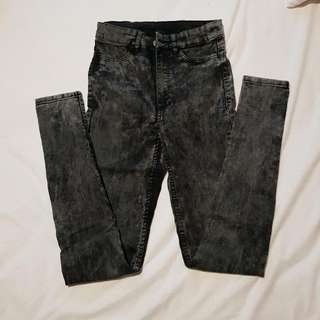 Divided Highwaist Jeans
